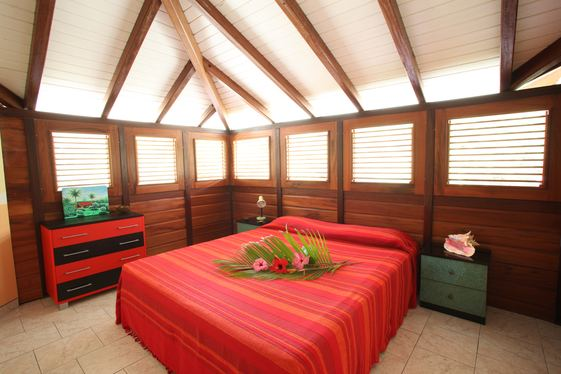 Very attractive spacious bedroom for your vacation